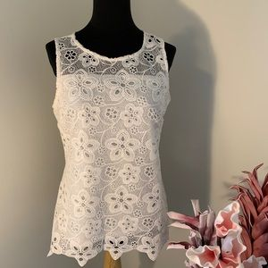 White sleeveless lace top size small